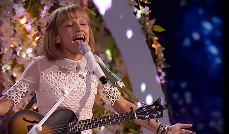 Grace VanderWaal Impresses America's Got Talent Judges