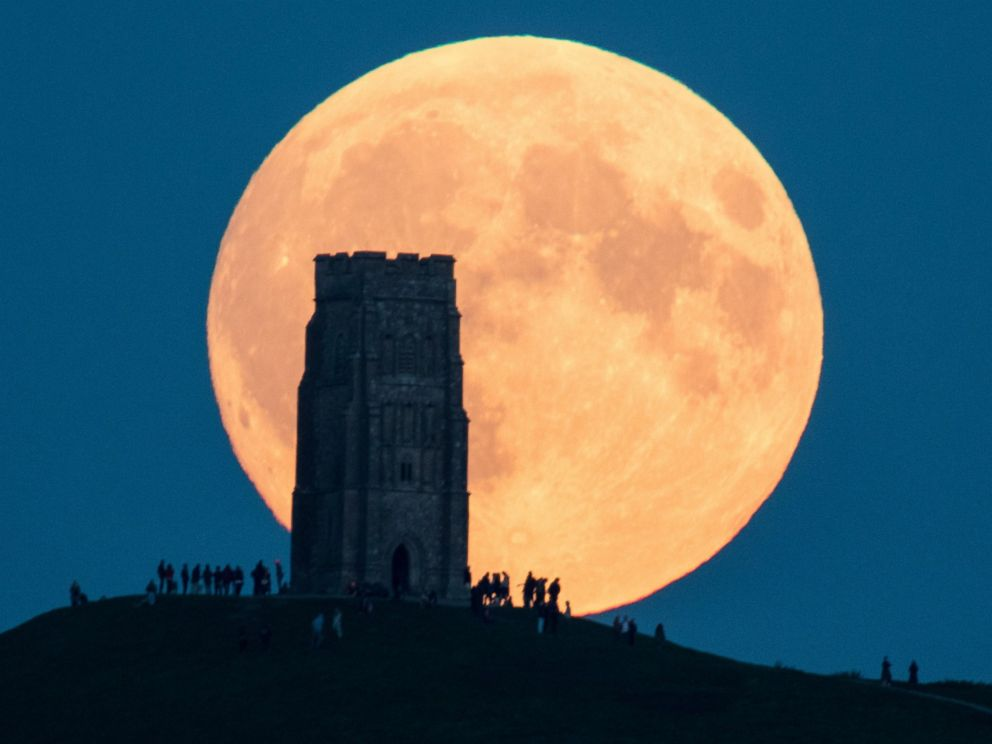 gty_super_moon_04_jc_150928_4x3_992