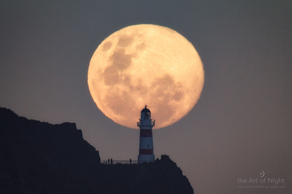 supermoon-mark-gee-new-zealand