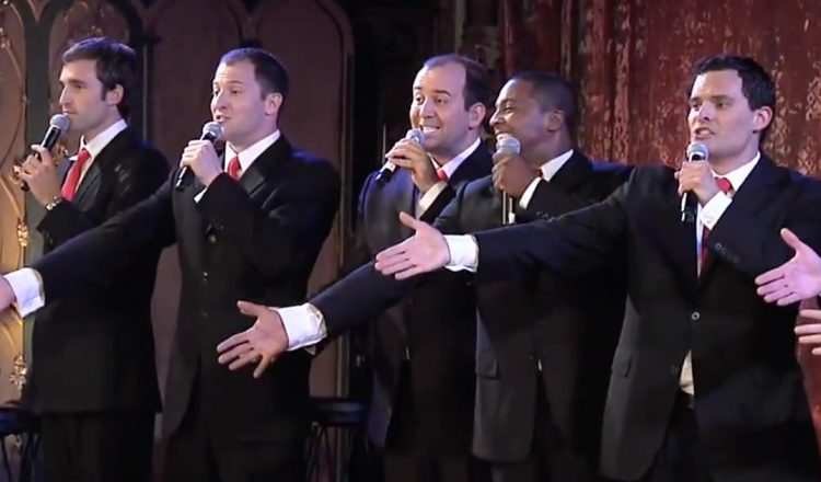Christmas Can Can - A Cappella Straight No Chaser