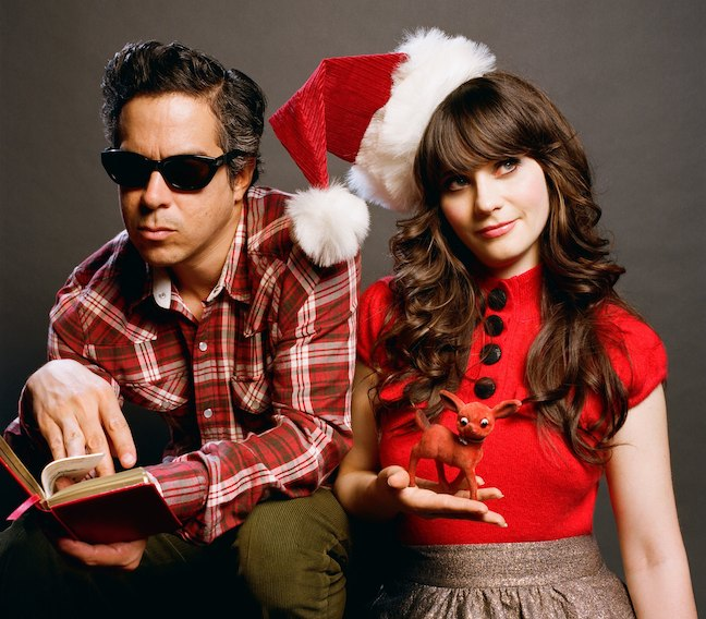 Zooey Deschannel - winter wonderland - she & him - Christmas pugs