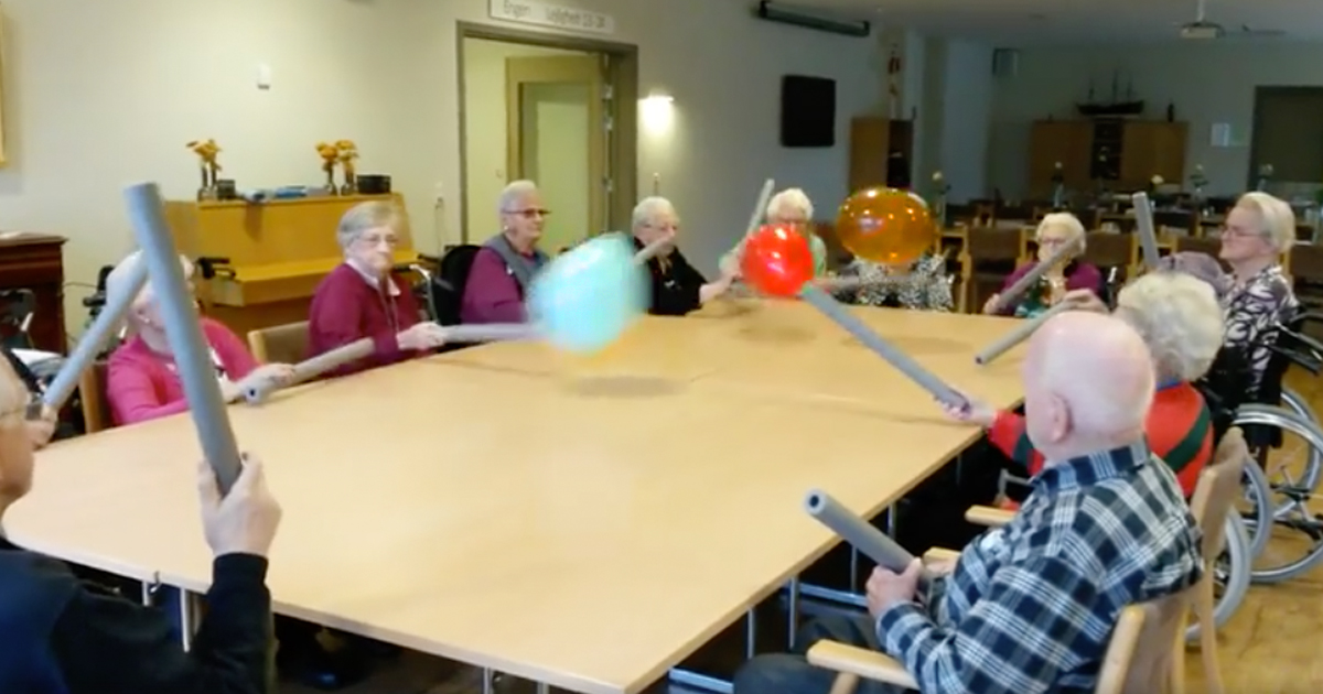 nursing home residents have a balloon battle