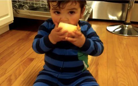Eating Raw Onion