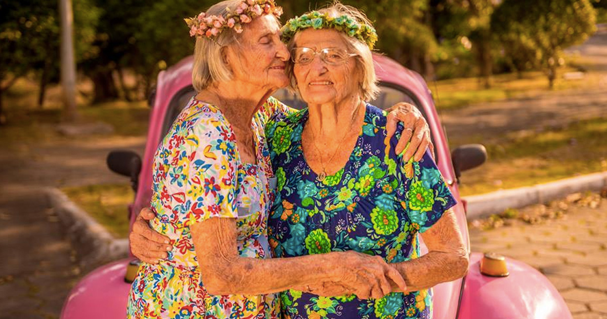 100-year-old twin sisters _ birthday _ photo shoot _ everything inspirational