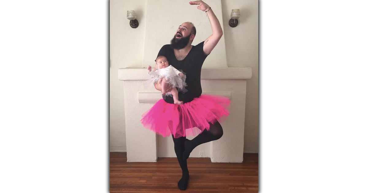 Dad Dresses Up With His Baby Girl And The Result Is So Funny _ everything inspirational