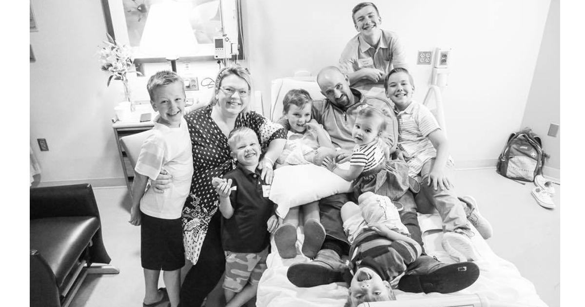 6 Brothers Welcome Their New Baby Sister In The Sweetest Videos _ everything inspirational