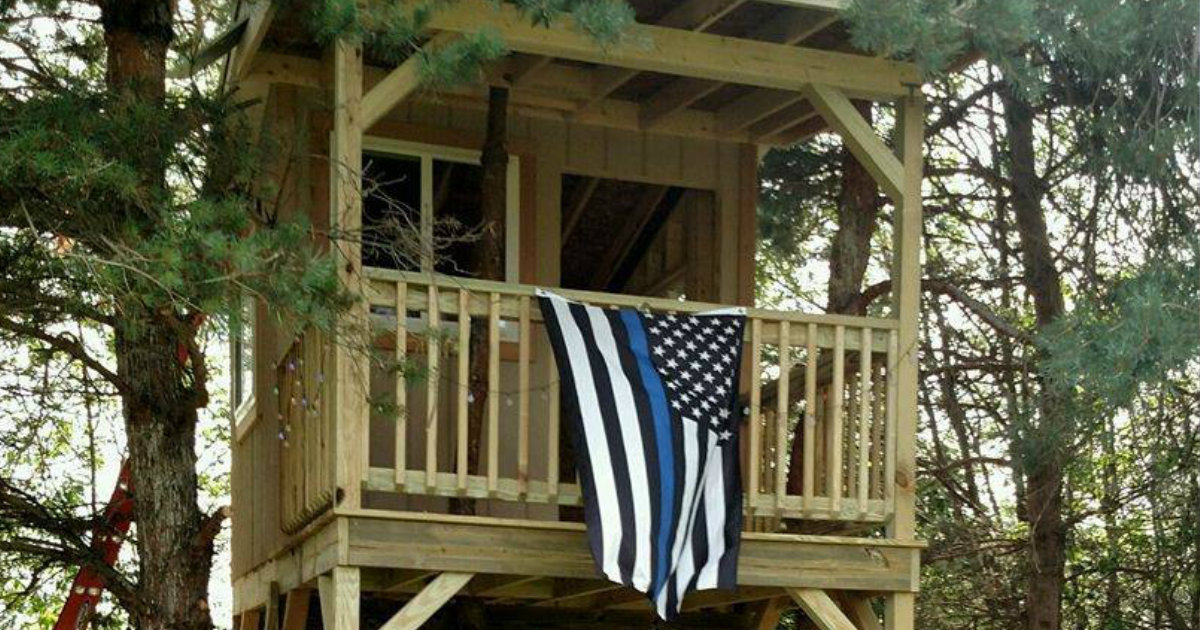 Officers Complete Tree House for Trooper's Daughter After He Passed _ everything inspirational