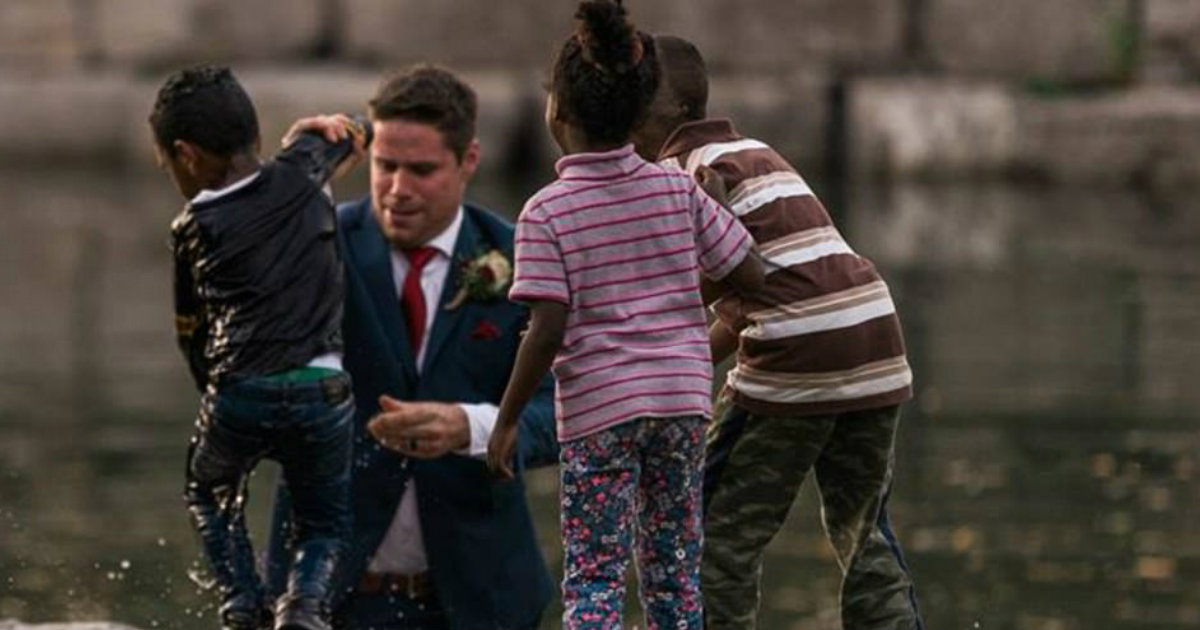 Groom Ran from Wedding Photo Shoot to Jump in Water to Save Child_ everything inspirational