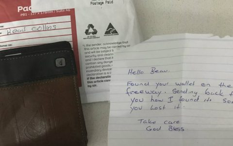 Wallet Shows Up After Weeks Missing And Strangers Note Meant Everything_ everything inspirational