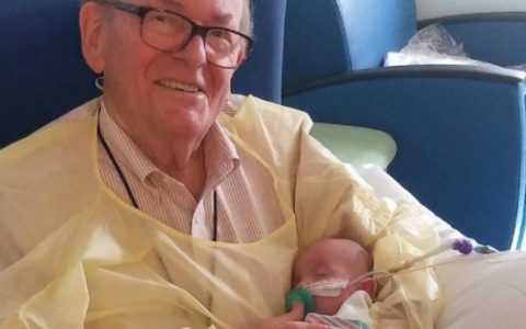 ICU Grandpa Comforts Babies Who Have to Stay Alone_ Everything Inspirational