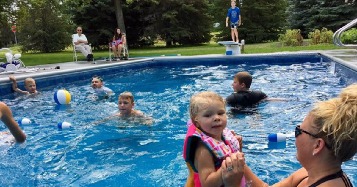 Lonely 94-year-old Builds Neighborhood Pool After His Wife Passes Away_ everything inspirational