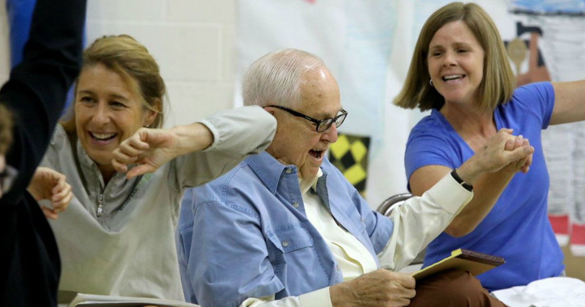 Teachers Attending This 88-year Old's Class To Learn How Love Teaching Again_ everything inspirational